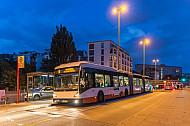 Metrobus am U-Bahnhof Hoheluftbrücke in Hamburg