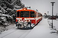 Lemvigbanen-Triebwagen im Schnee in Vejlby (Victoria Street Station)