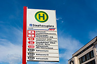 Haltestellenschild am Stephansplatz in Hamburg