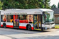 XXL-Bus der Hochbahn in Burgwedel in Hamburg