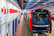 U-Bahn-Zug der Baureihe DT in der Hochbahn-Werkstatt in Hamburg-Barmbek