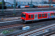 S-Bahn am Hamburger Hauptbahnhof im Winter