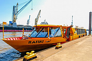 Hafenfähre Rafiki am Anleger Arningstraße in Hamburg