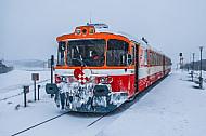 Lemvigbanen-Triebwagen im Schnee in Thyborøn