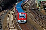 S-Bahn am Berliner Tor in Hamburg