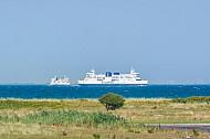 Zwei Fähren auf dem Fehmarnbelt