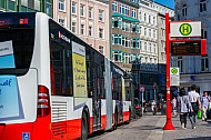 Bus am Gänsemarkt in Hamburg