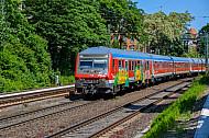 Regionalexpress nach Flensburg mit Graffiti auf der Verbindungsbahn in Hamburg