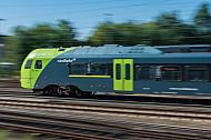 Ein Elektrotriebzug (Typ Flirt) der Nordbahn in Hamburg