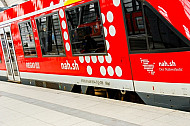 Regionalzug im Hauptbahnhof Kiel in Schleswig-Holstein
