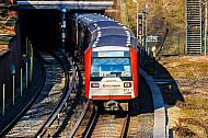 U-Bahn am Berliner Tor in Hamburg