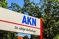Schild mit AKN-Logo