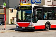 Metrobus 4 an provisorischer Haltestelle in der Osterstraße