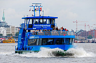 Hafenfähre Waltershof in Hamburg
