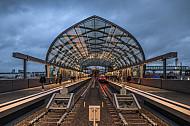 Der U-Bahnhof Elbbrücken in Hamburg bei Winterwetter