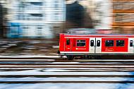 S-Bahn im Schnee in Hamburg