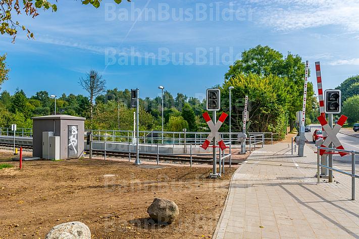 Bahnübergang in Kiel (Schulen am Langsee) in Schleswig-Holstein
