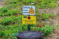 Warnschild bei der S-Bahn in Hamburg: Vorsicht Stromschiene