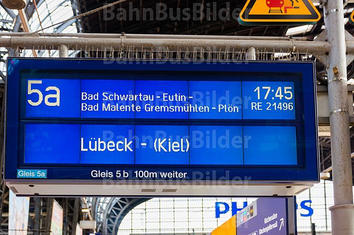 Zugzielanzeiger im Hamburger Hauptbahnhof
