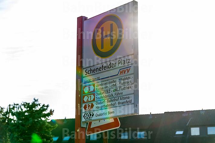 Haltestellenschild am Schenefelder Platz in Hamburg