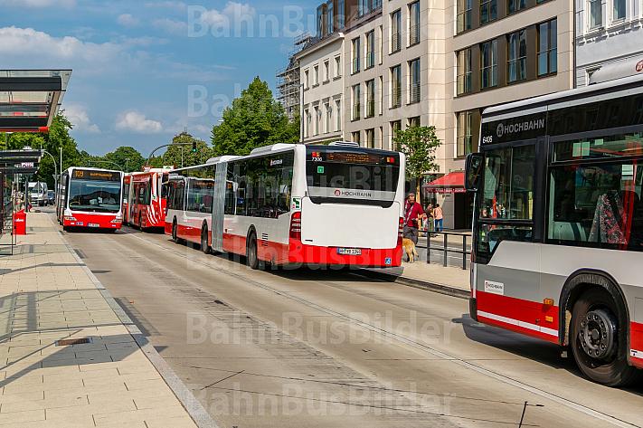 Busse am Stephansplatz in Hamburg