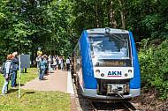Sonderzug auf stillgelegter Bahnstrecke in Krümmel