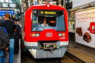 S4-Sonderfahrt im Hamburger Hauptbahnhof