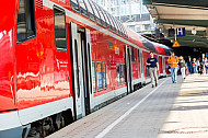 Regionalzug im Hamburger Hauptbahnhof