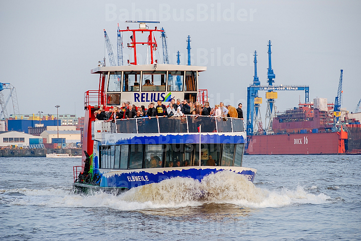 Hafenfähre Elbmeile in Hamburg