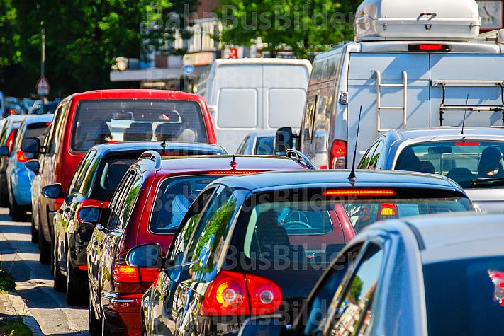 Stau auf Hamburgs Straßen
