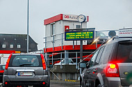 Autozugverladung am Syltshuttle in Westerland auf Sylt in Schleswig-Holstein