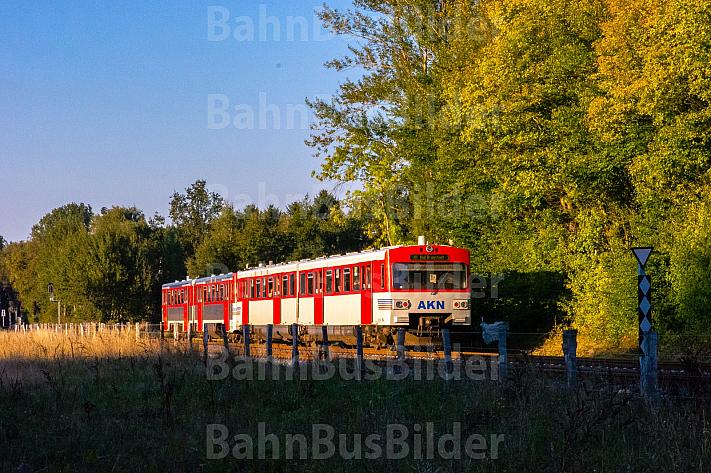 AKN-Triebwagen zwischen Schnelsen und Burgwedel in Hamburg