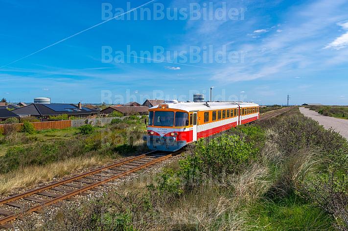 Zug der Lemvigbanen in Thyborøn