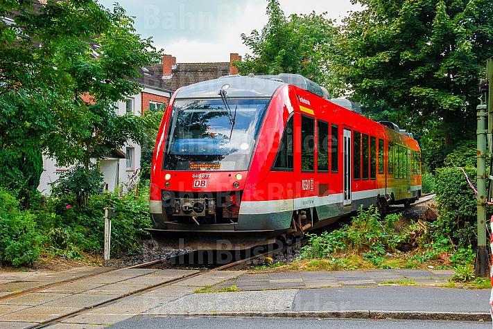 Sonderzug auf einer stillgelegten Bahnstrecke in Rendsburg in Schleswig-Holstein