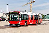 Hochbahn-Bus der Linie 109 am Jungfernstieg